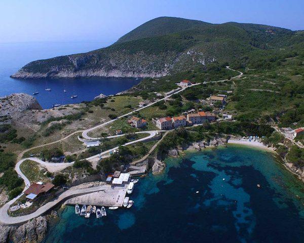 Island Bisevo