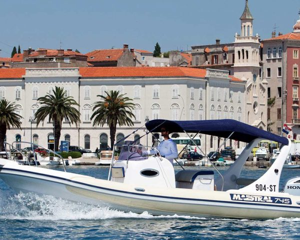 Speedboat transfers from Split