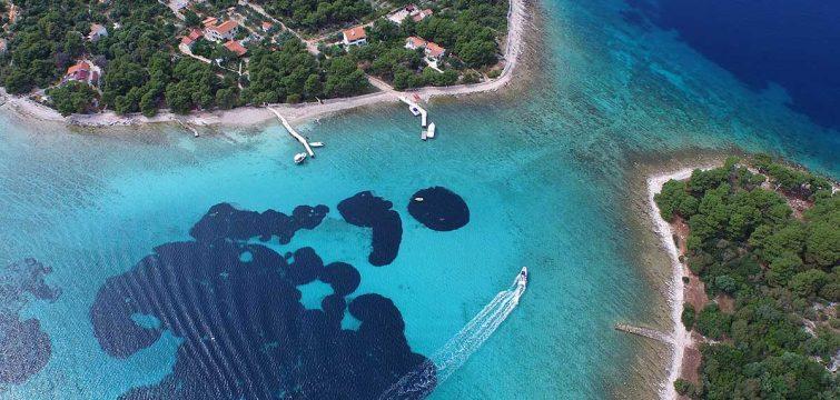 AerialViewonBlueLagoonspeedboattourSplitCroatia