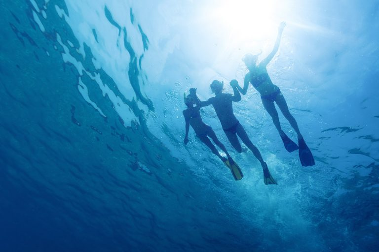 swimming-on-blue-cave-tour