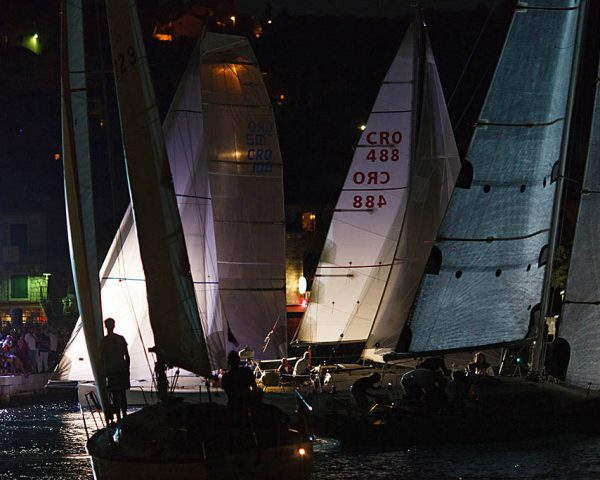 Compeating on Pequena Regata Nocturna
