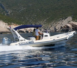dailyspeedboattourssplit-MaestralRIB