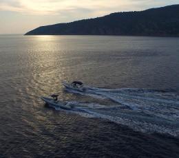 dailyspeedboattourssplit-speedboatsinsunset