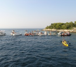 Tugging of Mrduja Island