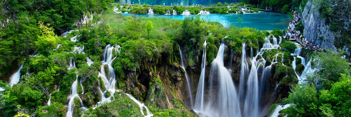 Plitvice lakes, perfect tour photo of the lakes
