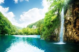 magnificent nature of Plitvice lakes