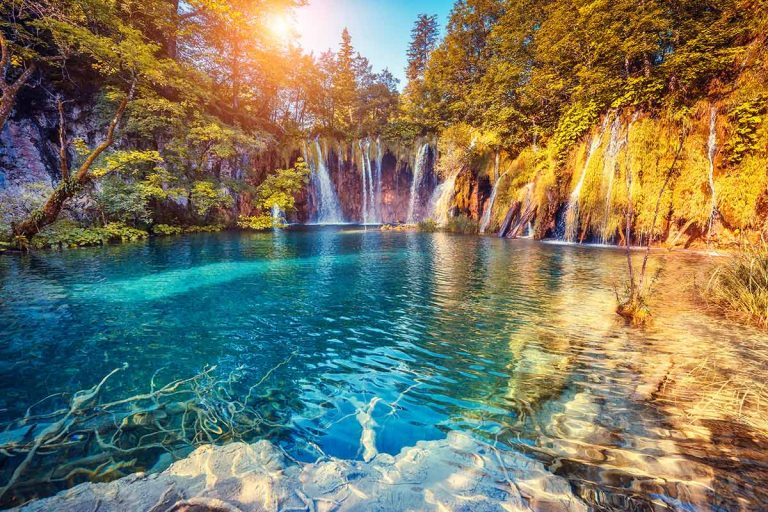lake-of-plitvice-with-waterfall