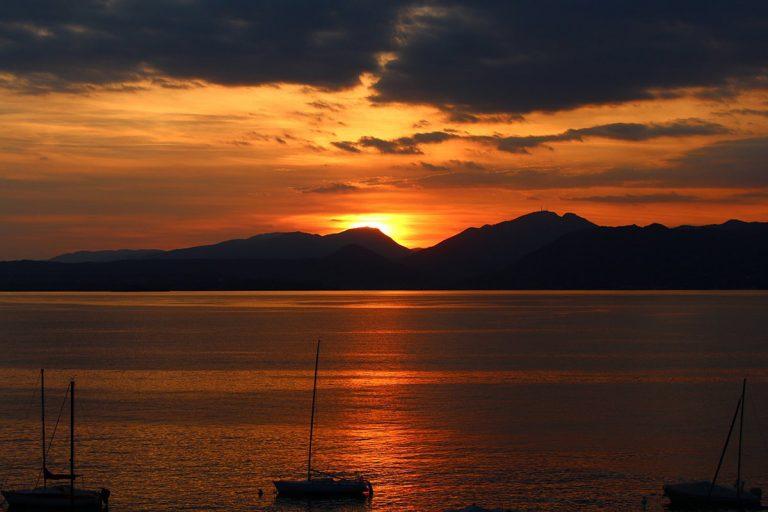 Sunset-sailingSplit-2