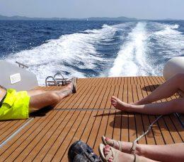 island-hopping-motor-boat